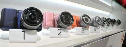 Sony NEX rực rỡ sắc màu tại Photokina