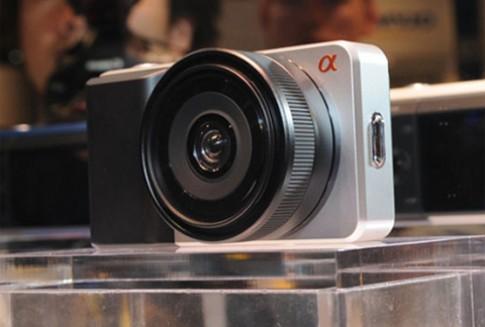 Sony sắp có máy compact dùng cảm biến APS-C