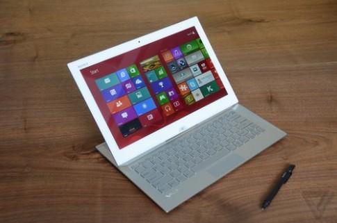 Sony trình làng tablet bàn phím trượt 13 inch
