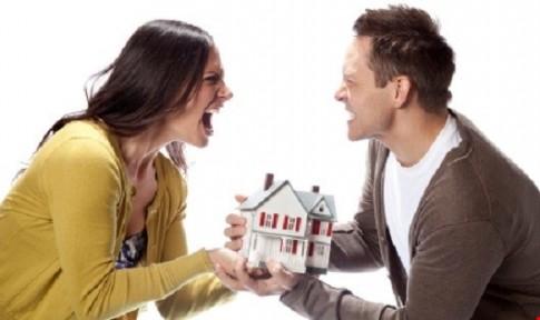 Sững sờ trước tuyên bố của người chồng 10 năm mới gặp lại