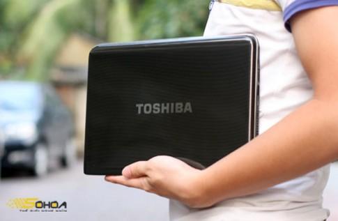 T210, laptop 'nhỏ xinh' của Toshiba