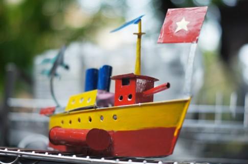 Tàu thủy sắt, đồ chơi nhiều hoài niệm của Hà thành