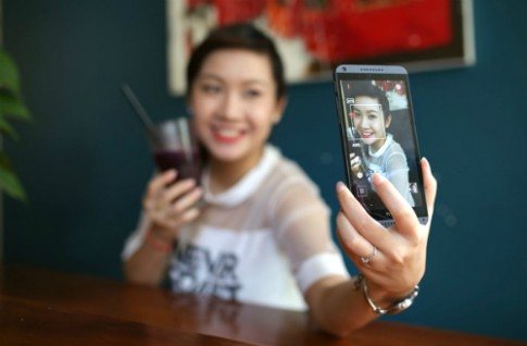Thử camera trên smartphone 5,5 inch HTC Desire 816