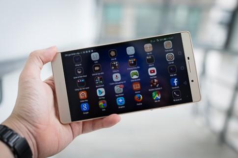 Thử smartphone lai máy tính bảng dáng siêu mỏng