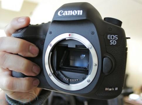 Thực tế Canon EOS 5D Mark III