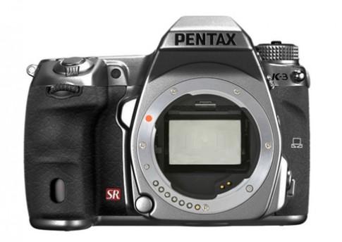 Tin đồn máy ảnh full-frame đầu tiên của Pentax