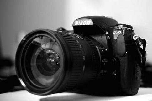 Tin đồn Nikon D4 và D800