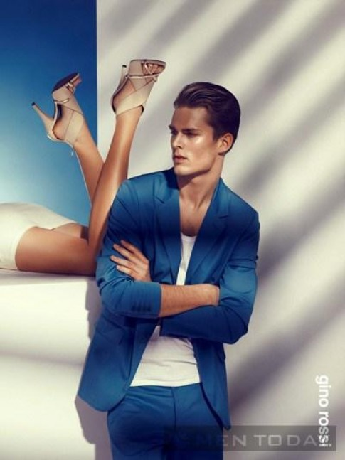 Tinh tế và lịch lãm cùng thời trang xuân hè Gino Rossi