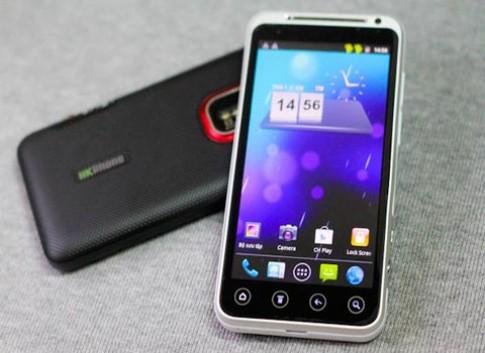 'Tra tấn' điện thoại HKPhone Revo