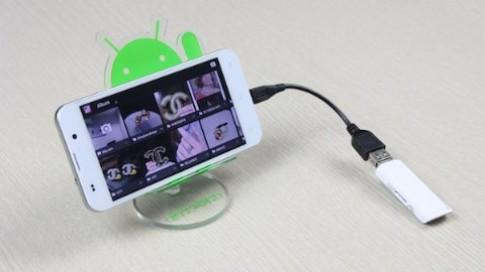 Trải nghiệm công nghệ OTG trên smartphone Revo LEAD
