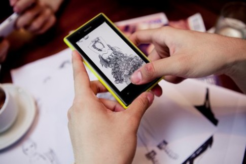'Tung hứng' hình ảnh cùng Nokia Lumia 720