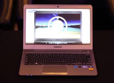 Ultrabook đầu tiên của Samsung tại VN