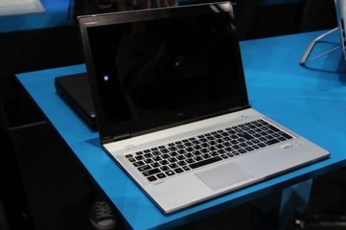 Ultrabook mỏng nhất của NEC 'khoe dáng' tại CES 2013