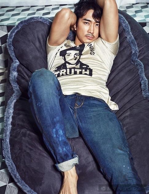 Vẻ manly đầy cuốn hút của Song Seung Hun