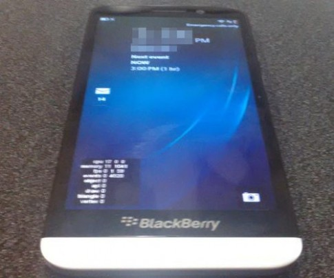 Video thực tế đầu tiên về phablet 5 inch BlackBerry A10