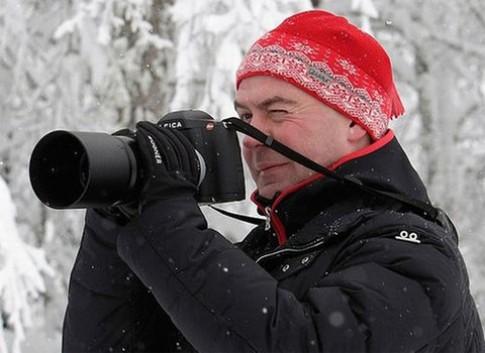 Video tổng thống Nga dùng Leica S2