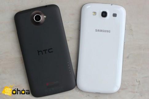 Vỏ Galaxy S III làm từ chất liệu Polycarbonate