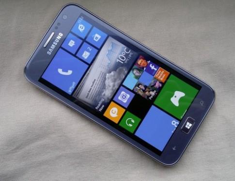 Windows Phone 8 của Samsung sắp được bán ở Singapore