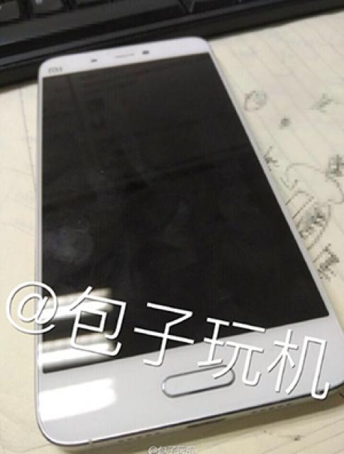 Xiaomi Mi 5 viền màn hình siêu mỏng lộ ảnh thực tế