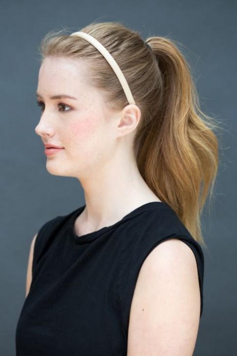 10 gợi ý tạo kiểu tóc đẹp hoàn hảo chỉ trong... vài giây