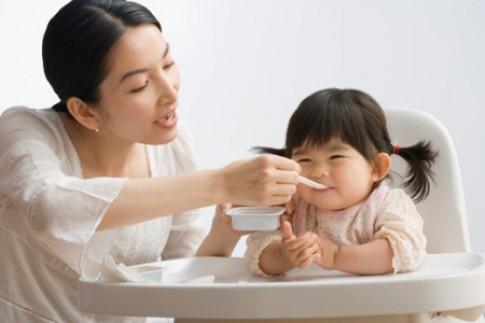 12 sai lầm phổ biến khi chăm trẻ