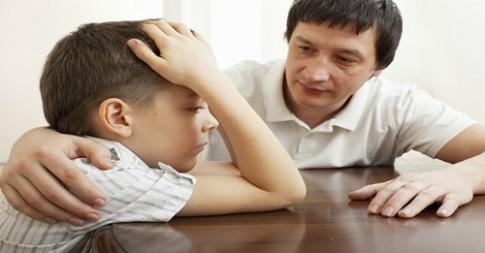 5 dấu hiệu bạn bị con bắt nạt
