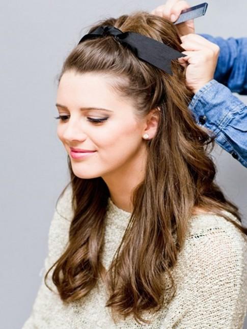 5 kiểu tóc dài dễ thương xinh xắn cho bạn gái ngày đầu năm