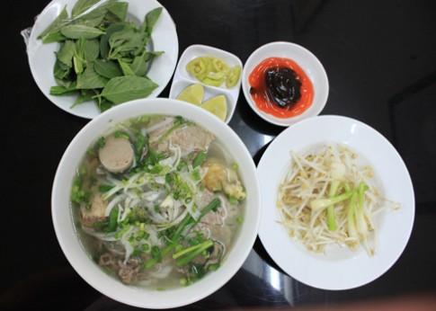 Ăn món Bắc ở gần sân bay Tân Sơn Nhất
