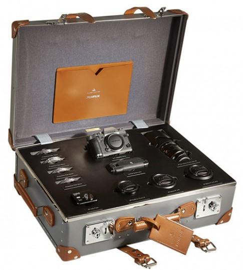 Ảnh bộ máy X-T1 Graphite Silver Globe-Trotter Kit