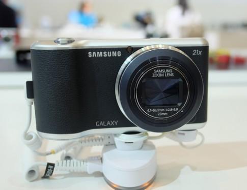 Ảnh Samsung Galaxy Camera 2 và NX30 sắp bán tại Việt Nam
