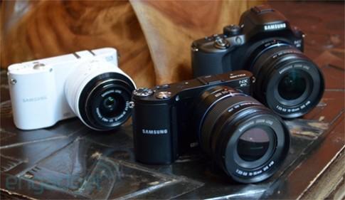 Ảnh thực tế bộ ba máy ảnh Samsung NX mới