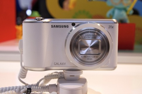 Ảnh thực tế Galaxy Camera 2