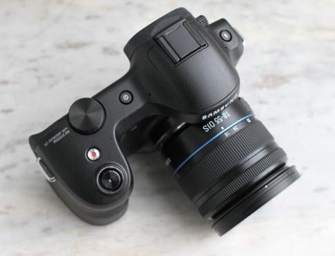 Ảnh thực tế Galaxy NX Camera