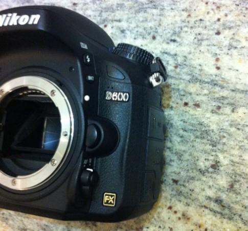 Ảnh thực tế Nikon D600 xuất hiện