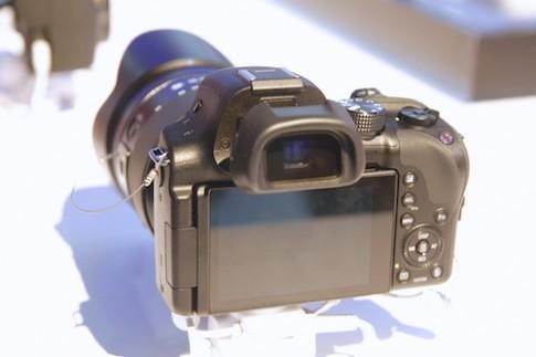 Ảnh thực tế Samsung NX30