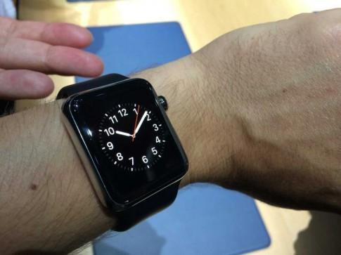 """Apple Watch giúp """"tin nhắn sex"""" … mùi mẫn hơn"""