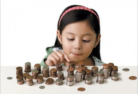 Bài học về tiền cần dạy trẻ trước 7 tuổi