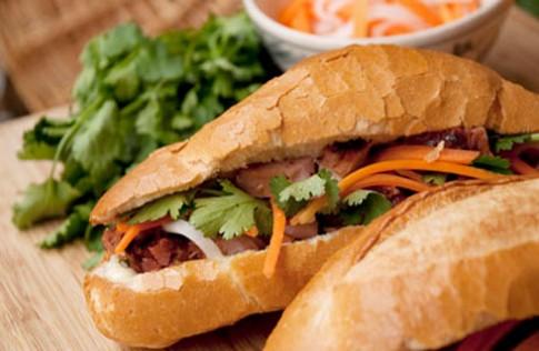 'Bánh mì Việt - món ăn đường phố ngon nhất thế giới'