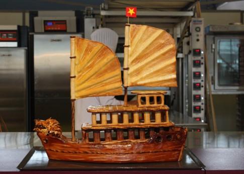 Bánh mì Vịnh Hạ Long tranh tài cúp thế giới