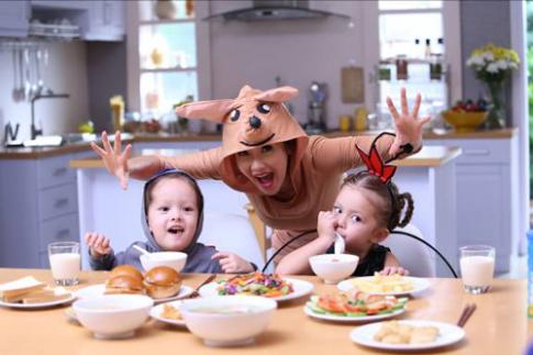 Bí quyết nuôi con khỏe mạnh của Diva Hồng Nhung