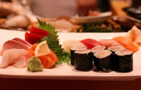 Buffet sushi cho mùa hè tại Kimono