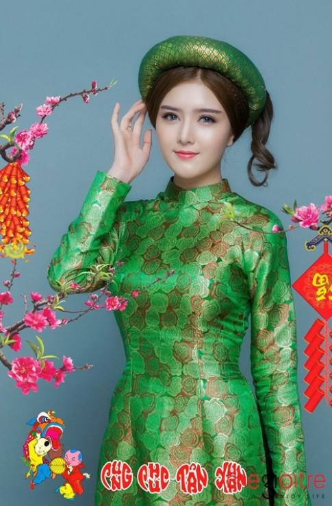 Búp bê Việt- Lily Luta thả dáng mượt mà cùng áo dài đón xuân Bính Thân