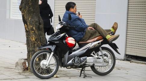 """Các """"bác tài"""" xe ôm Việt chuộng xe máy nào?"""