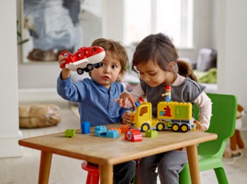 Các loại đồ chơi giúp trẻ phát triển tư duy