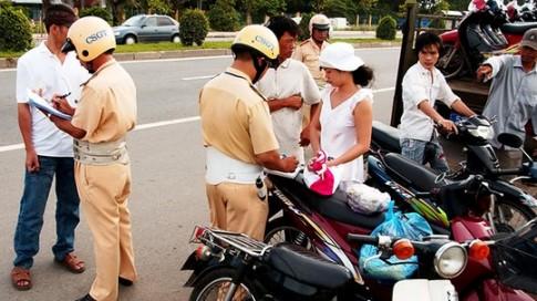 Các mức phạt giao thông năm 2016, ai tham gia giao thông đều phải biết