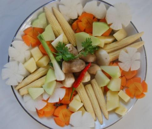 Canh thập cẩm củ quả chay