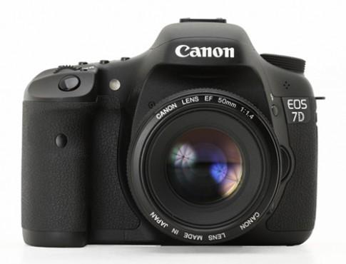 Canon 7D Mark II có thể chụp tốc độ 10,2 khung hình mỗi giây
