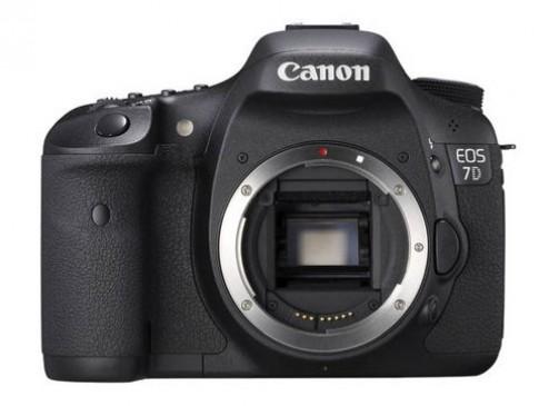Canon 7D 'refurbished' rẻ hơn hàng mới 250 USD