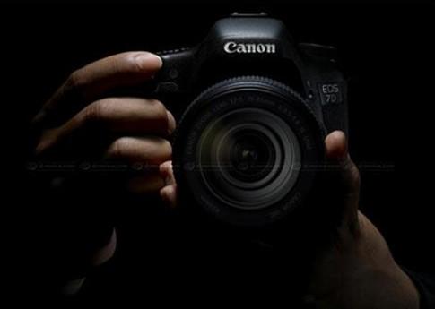 Canon sẽ ra ít máy ảnh 'khủng' năm nay
