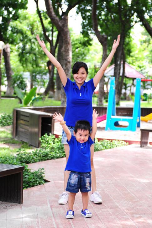 Chàng trai 3 tuổi hưởng ứng 'Chiến dịch khỏe đẹp'